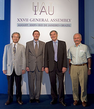 The new IAU Officers