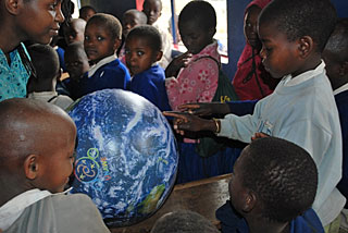 Universe Awareness activity in Tanzania